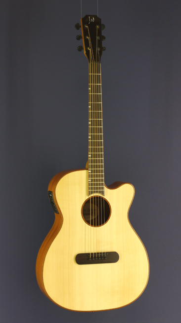 James Neligan Lismore Westerngitarre Mini Jumbo Form, Fichte, Mahagoni, Pickup