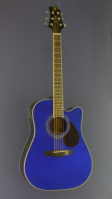 Greg Bennett Westerngitarre Dreadnought Form, Cutaway, Pickup, blau